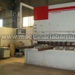 Plegadora hidraulica BAIKAL de 6000 mm x 600 Tn. de potencia.