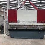 Plegadora hidraulica de 3050 x 125 Tn