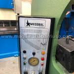 Plegadora MEGOBAL de 2500 x 63 Tn. Cuello 500mm. Tope manual sincronizado. Peso 4 Tn. Máquina ascendente