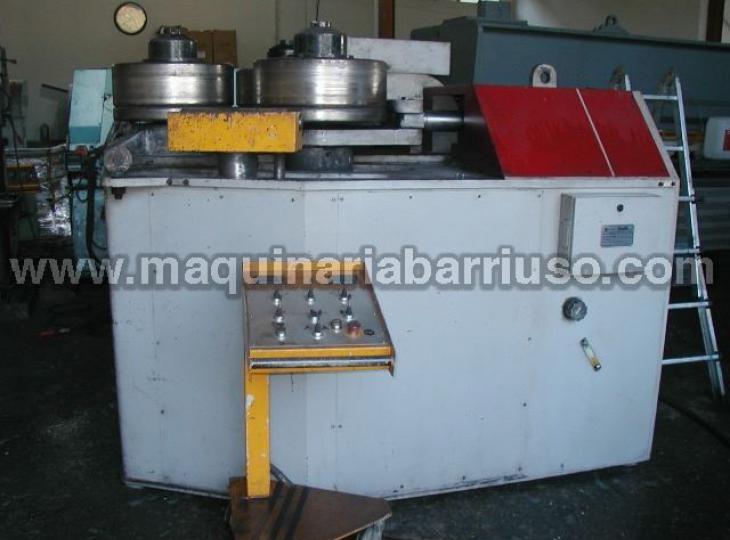 Curvadora de perfiles CASANOVA modelo FC4 eje 150x150 mm.