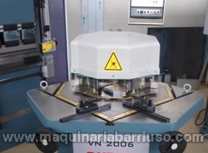Escantonadora de angulo variable DURMA Mod. VN 2006