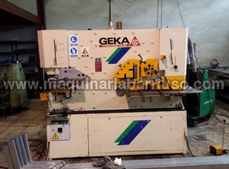 Punzonadora GEKA 110SD