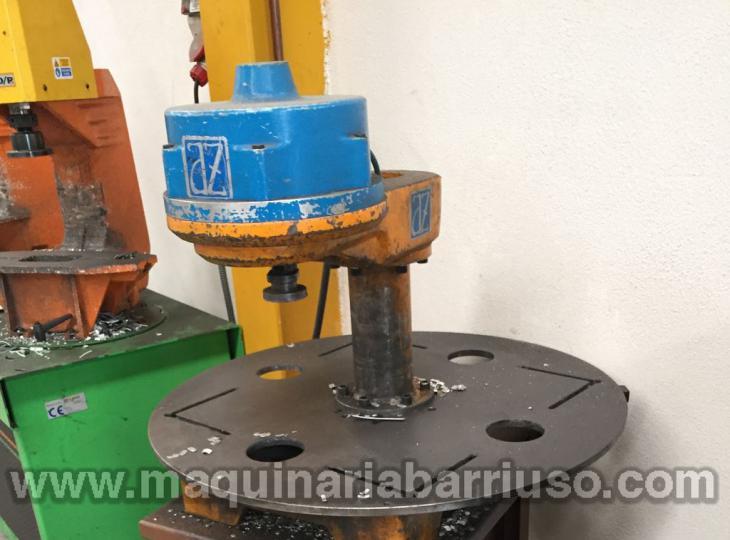 Prensa neumática INDUSTRIAS AZ,S.L. Mod PVS-3000