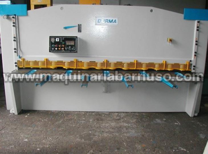 Cizalla DURMA AHGM3010 de 3100 x 10 mm.