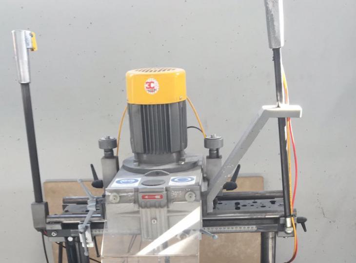Retestadora para PVC y aluminio TRE C