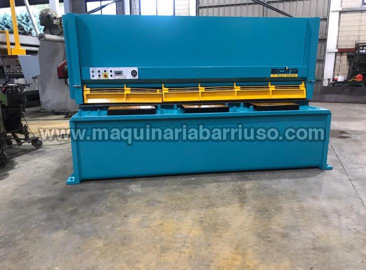 Hydraulic Shear ADIRA of 3000 x 16